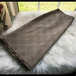 Tahari A line plaid skirt